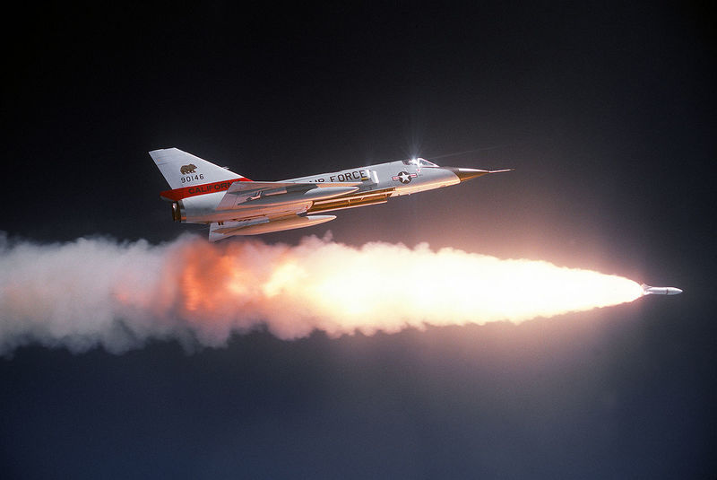 1280px-Convair_F-106A_Delta_Dart_1.jpg
