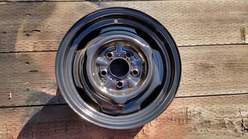 1965-Dodge-Dart-reservehjulsfelg-fra-1964-a.jpg