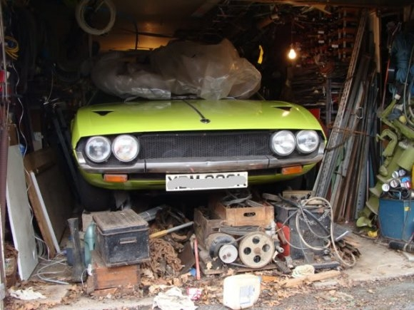 1972_Lamborghini_Espada_British_Barn_Find_1.jpg