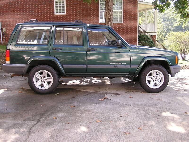 2001 Cherokee 4.JPG