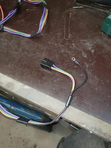 Auto Console Wiring Plug