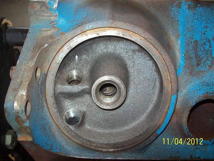 318 OIL MODS filter boss.jpg