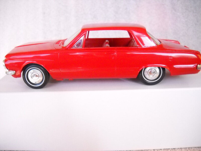 64_Valiant_Red_1.jpg
