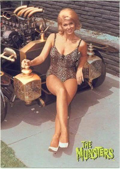 914bcff72c9e072d38454acaab6fe13f--vintage-heels-the-munsters.jpg