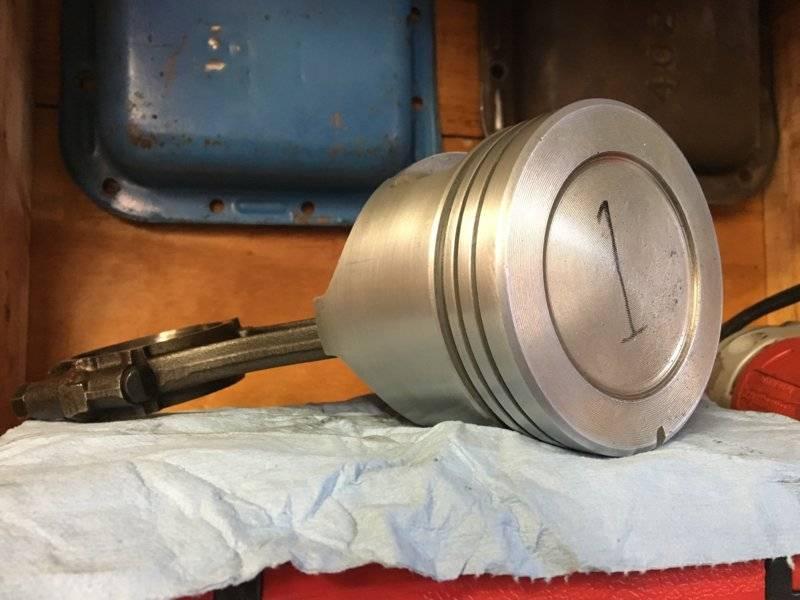 clean piston 1.JPG