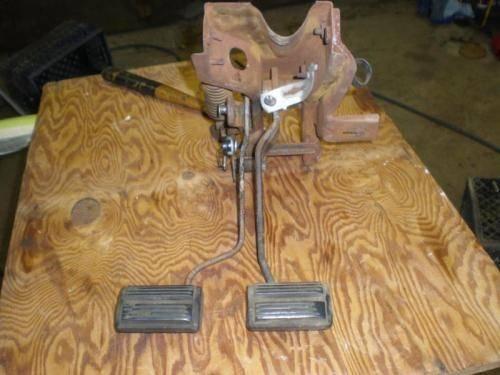 Clutch Pedal Spring 1-2.jpg