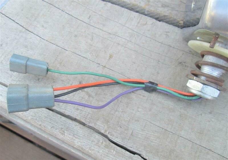 Console Tach wiring.jpg