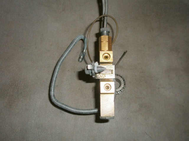 Disc Spindles Prop Valve 011 (Small).JPG