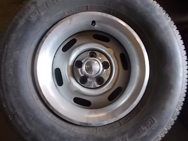 "[FOR SALE] - (4) 15x7"" Rally Wheels & Center Caps, Trim ..."