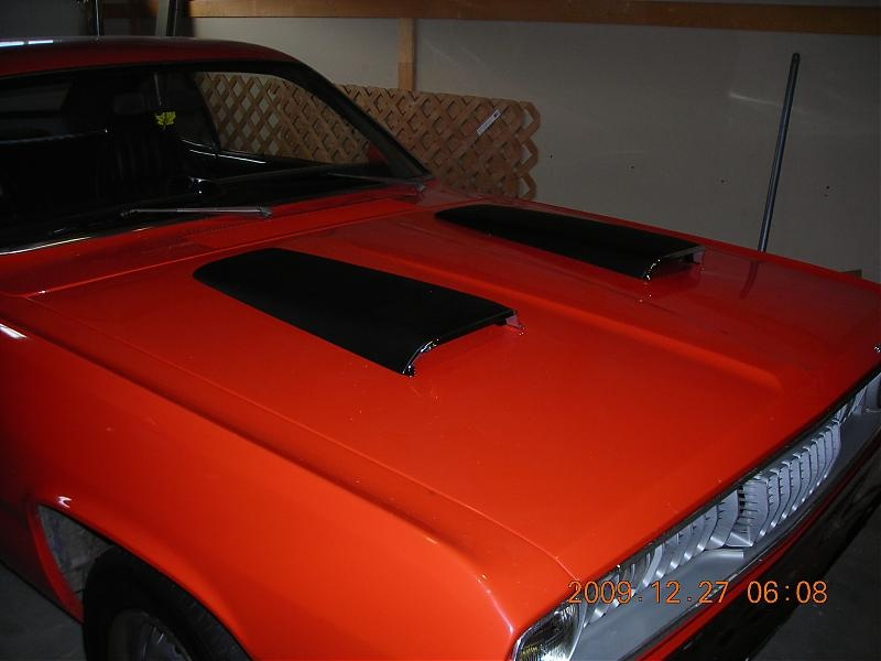 Twin Scoops 4 Hole Location For A Bodies Only Mopar Forum