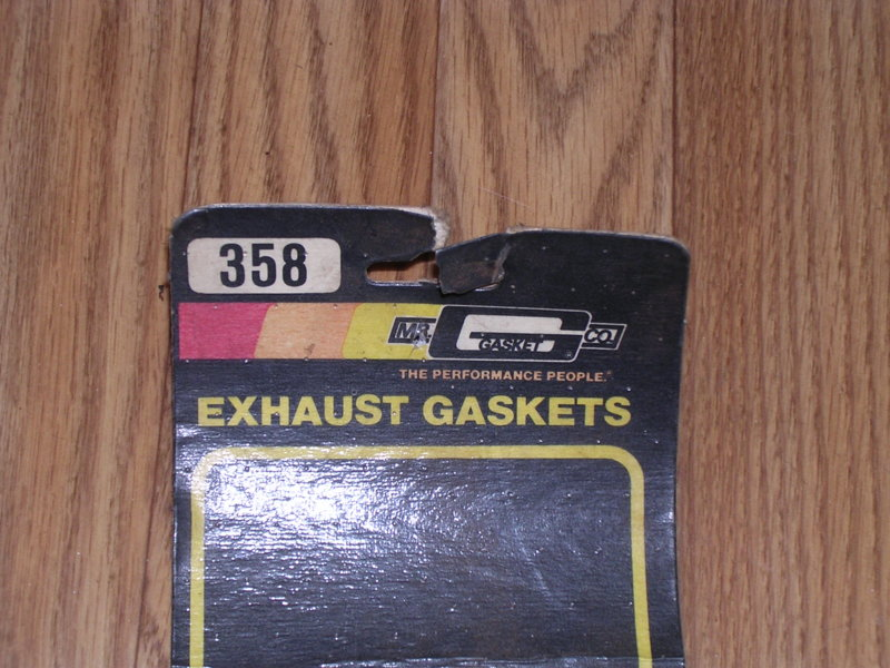 SOLD] - Small block LA Mr  Gasket exhaust gaskets #358 | For A