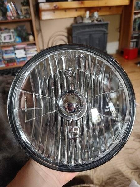Headlight 1.jpg