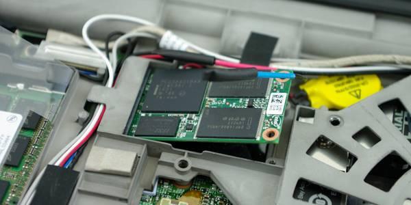 Lenovo-ThinkPad-T520-Upgrade-mSATA.jpg