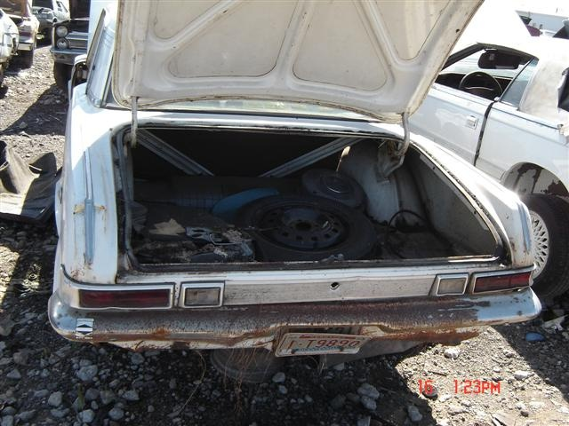 63 Valiant 66 Dart 270 In Salvage Yard For A Bodies