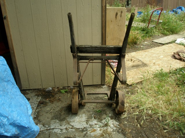 Old Hand Cart & Fry Cutter 011 (Small).JPG