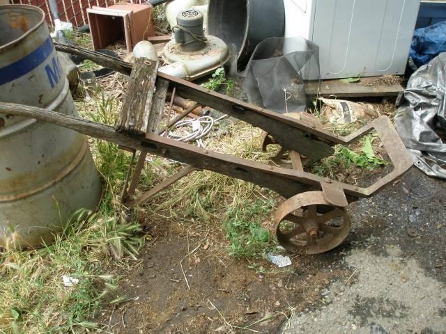 Old Hand Cart & Fry Cutter 014 (Small).JPG
