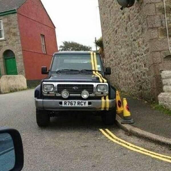 Paint strype car.jpg