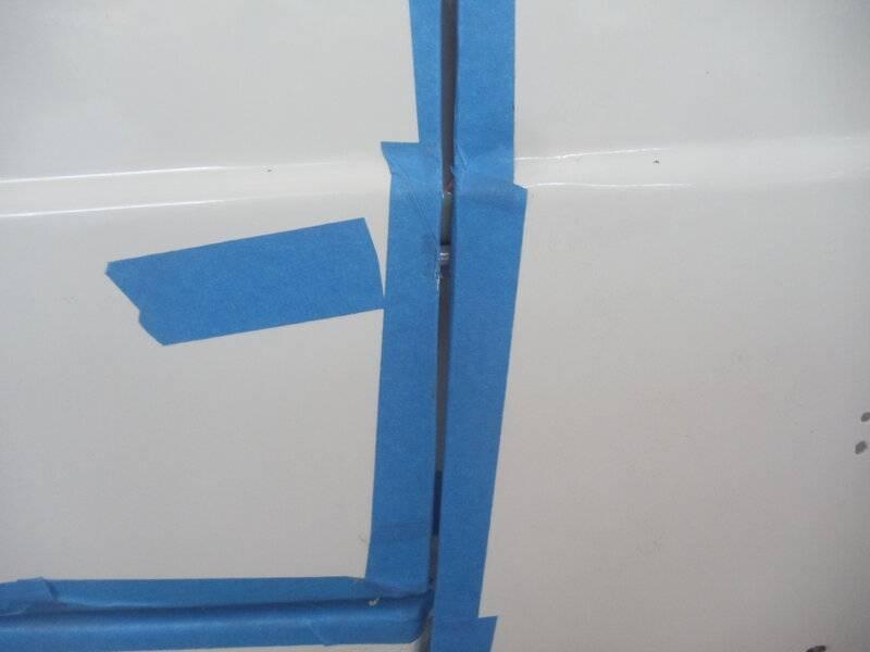 Pass Door bottom of fender.JPG