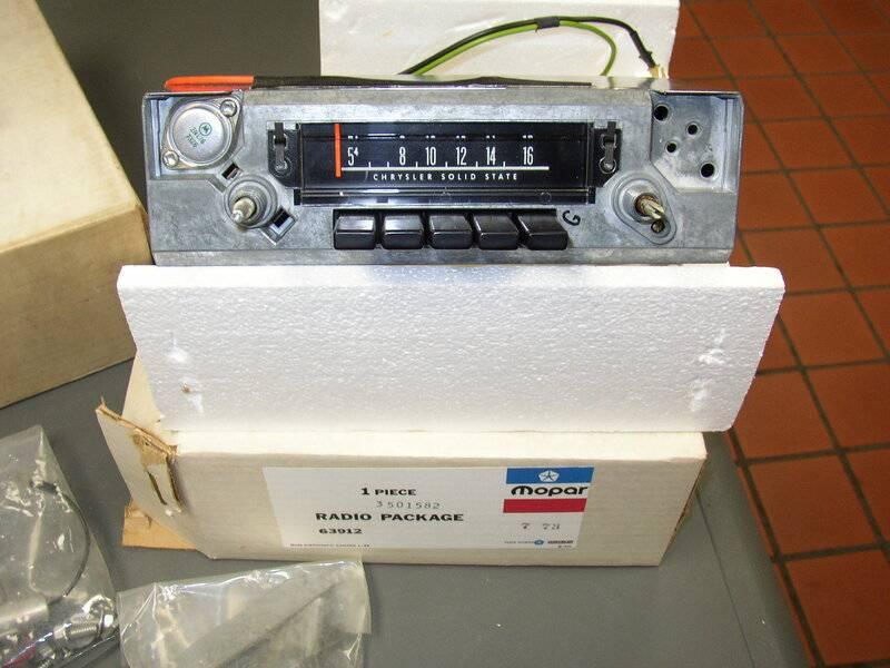 radio for sale 002.JPG