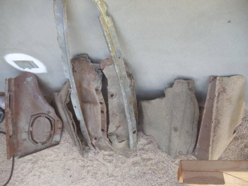 rusty parts 2.JPG