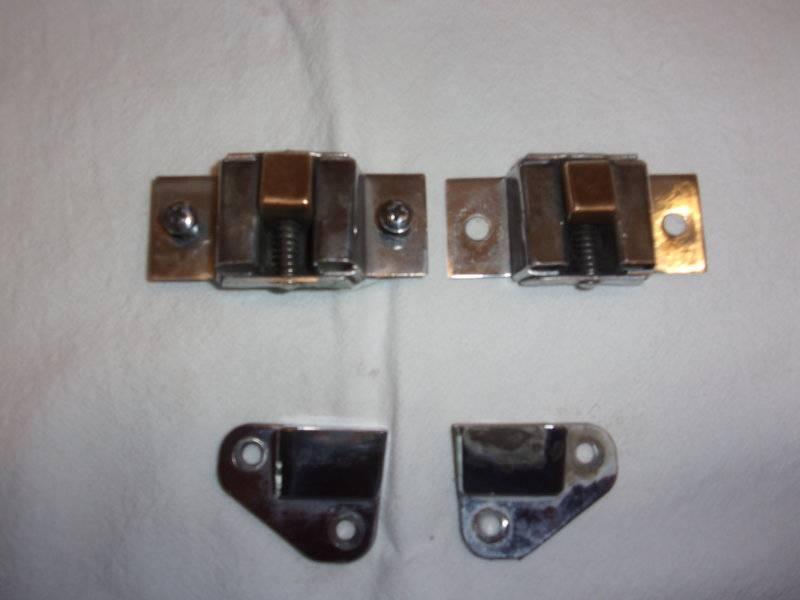 Valiant Aux Door Latch, Variable WW Mtr 003.JPG