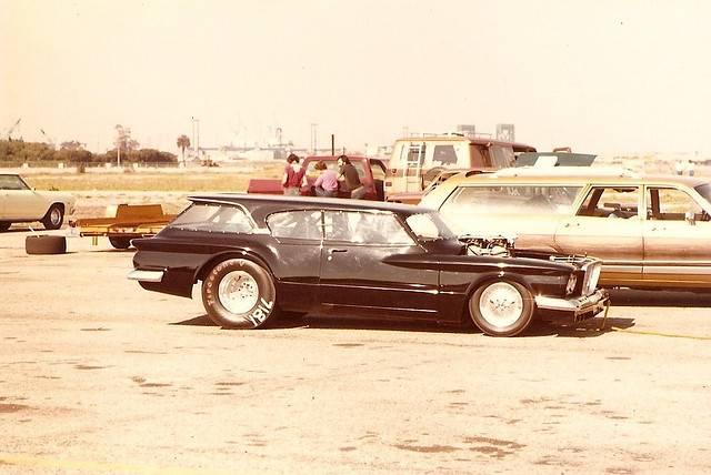 Valiant wagon.jpg