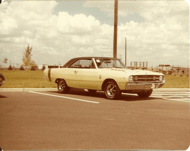 Yellow Dart 1980's.png